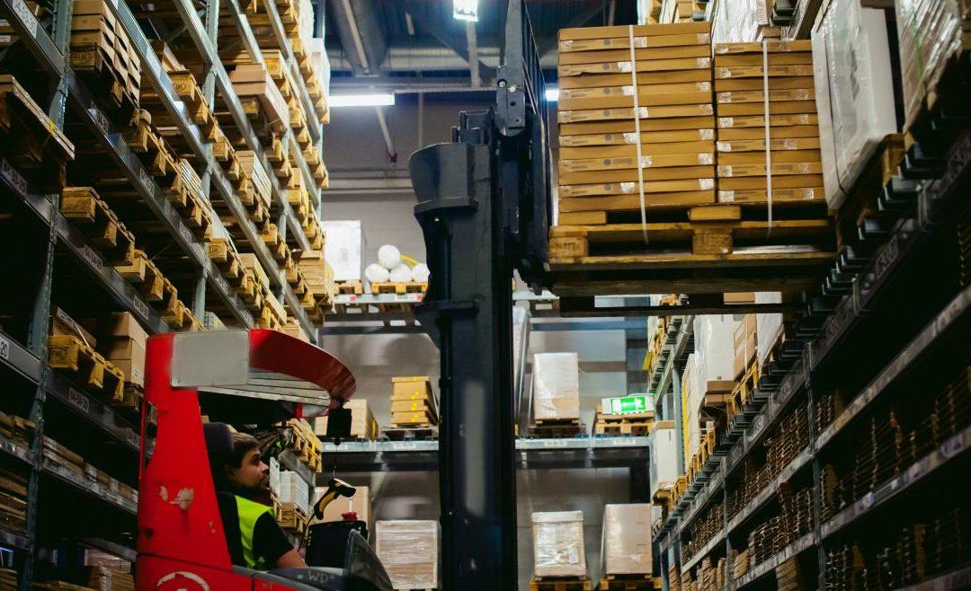 Madrid crea un centro logístico regional para donaciones de material relacionadas con el COVID-19