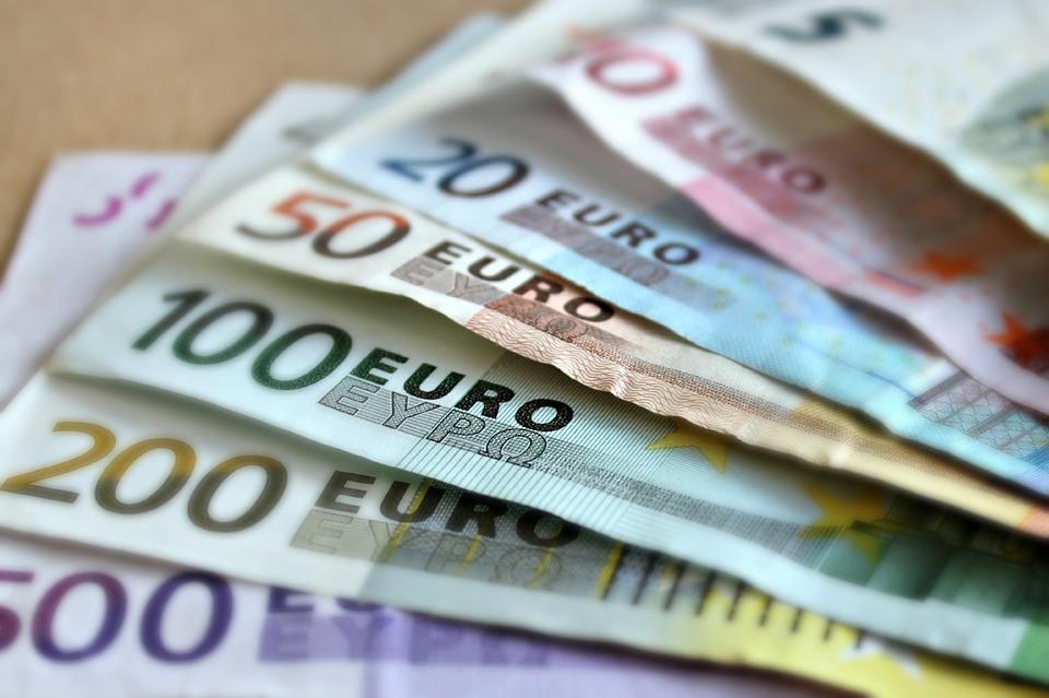 El Gobierno aprueba el Fondo COVID-19 de 16.000 millones de euros para las comunidades autónomas