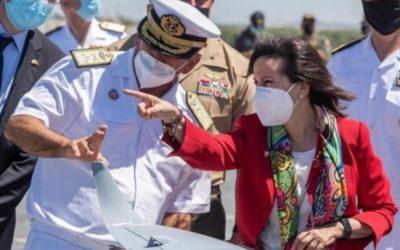 La ministra de Defensa, Margarita Robles, refuerza las relaciones militares con Estados Unidos debido a la crisis afgana