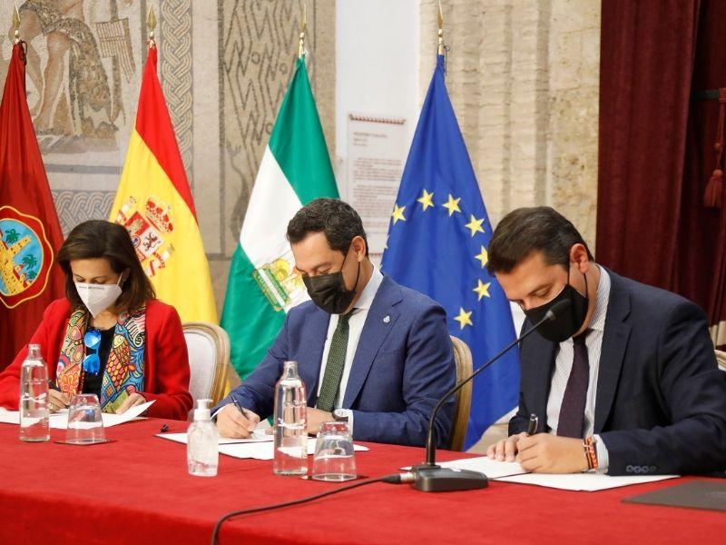 El Ministerio de Defensa, la Junta de Andalucía y la ciudad de Córdoba firman el protocolo y convenio de la base logística del Ejército de Tierra