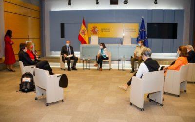 Margarita Robles agradece el reconocimiento del Parlamento Europeo a la labor de las Fuerzas Armadas españolas en la evacuación de Kabul
