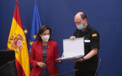 Robles muestra su apoyo a La Palma y afirma que «puede contar con la UME y con todas las Fuerzas Armadas el tiempo que sea necesario»